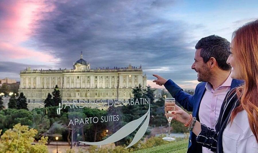 Hotel romántico con vistas al Palacio Real de Madrid