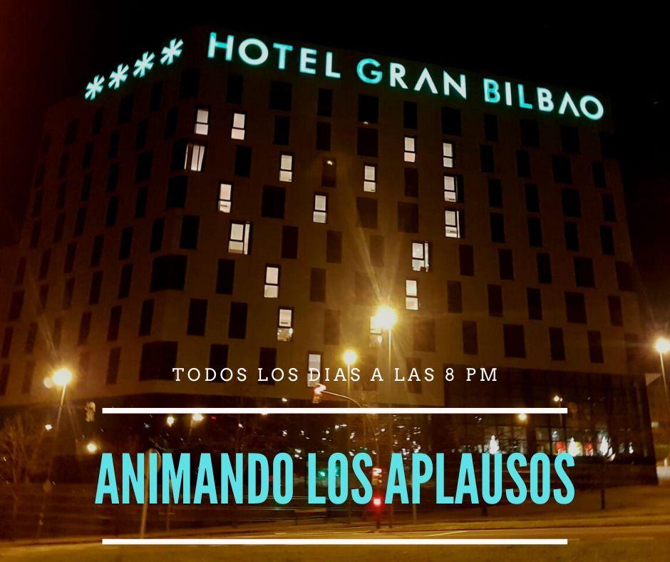 Hotel que anima a los sanitarios a la hora de los aplausos
